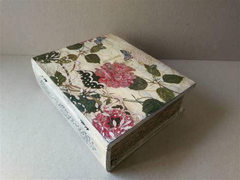 Decorar caja de madera libro vintage. Con decoupage y ...