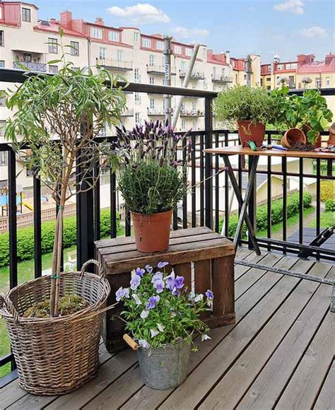 Decorating Your Apartment Balcony