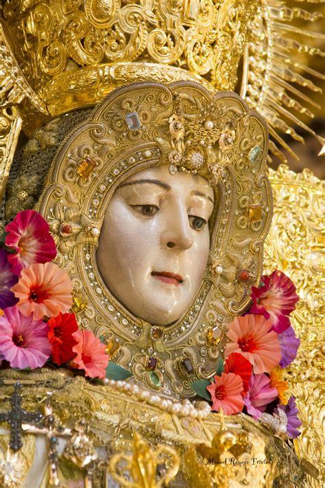 Del color del Caramelo tiene la Virgen la Cara | Rocio.com