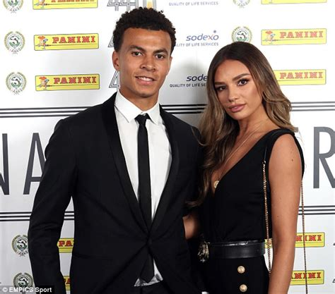 Dele Alli wins PFA Young Player of the Year 2017 | Daily ...