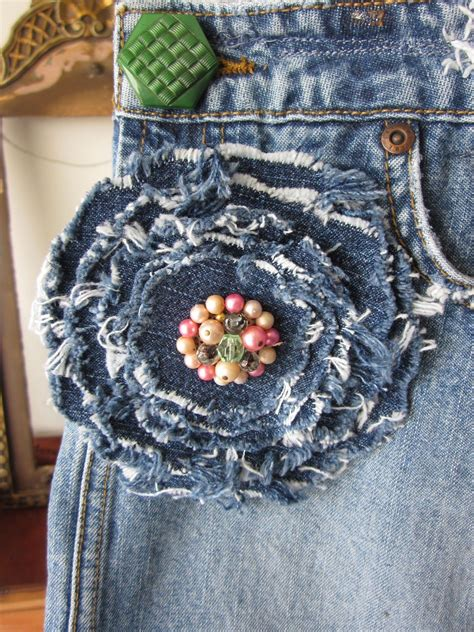 Denim flower easy cool idea you could make it a pin and ...