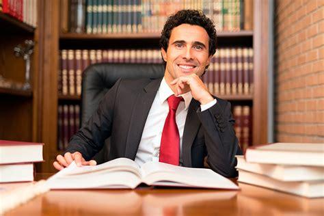 Derecho: ¿Cómo sería el abogado perfecto?