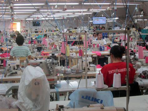 Descontaminar Aguas Residuales de la Industria Textil es ...