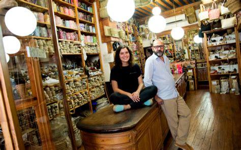 Descubra Casa Hernanz, la alpargata que calza Madrid