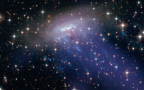 Descubren estrellas jóvenes en las galaxias más viejas y ...