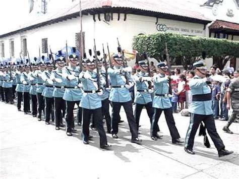 Desfile día de la Independencia de Guatemala 2008   YouTube