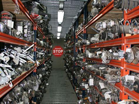 Desguaces Barcelona: Compra de coches y venta recambios.