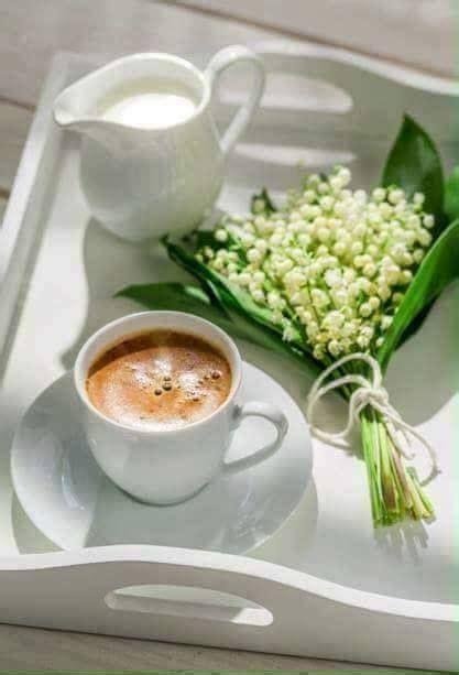 Despertar y un delicioso cafe | Café de domingo, Flores y ...