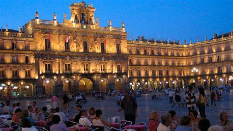 Destino Salamanca, la capital de España en el siglo XVII ...
