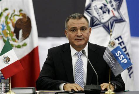 Detienen a Genaro García Luna en EU por corrupción y ...
