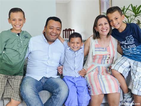 Dez motivos para as famílias lerem a Exortação  Alegria do ...