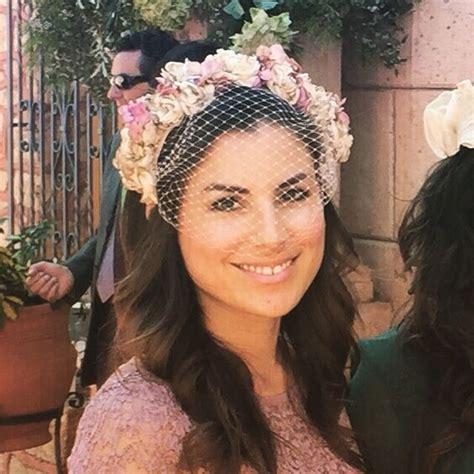 Diadema de flores #murpireta   Tocados de novia, Peinados ...