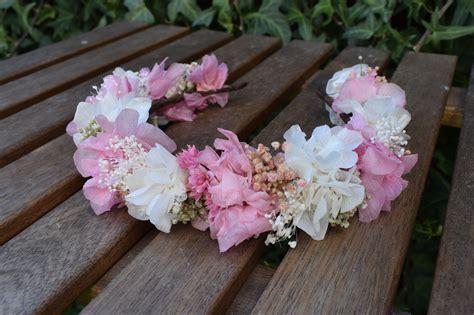 Diadema de flores preservadas en rosa y blanco, ideal para ...