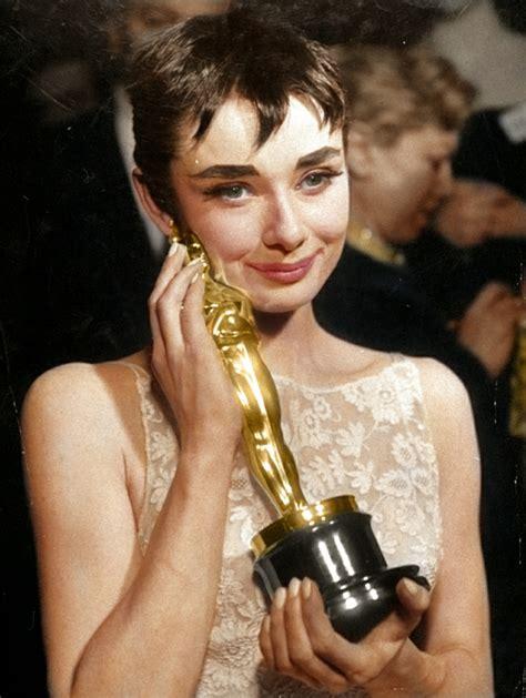 Die goldenen Hollywood Schauspielerinnen und ihr Stil ...
