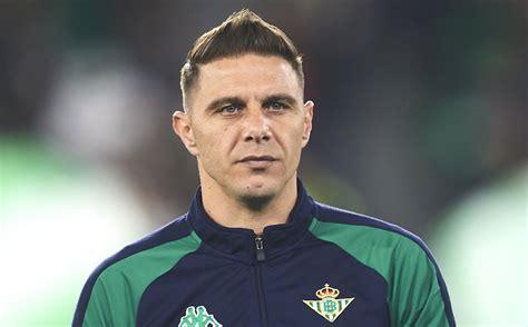 Diego Lainez: Capitán de Betis, Joaquín llama fenómeno al ...