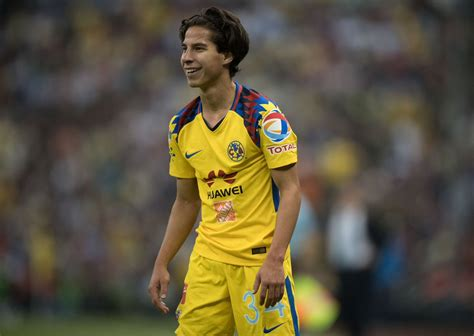 Diego Lainez, en la mira de dos clubes de Europa   Megalópolis