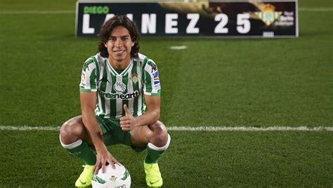 Diego Lainez es presentado oficialmente en el Betis | 90min