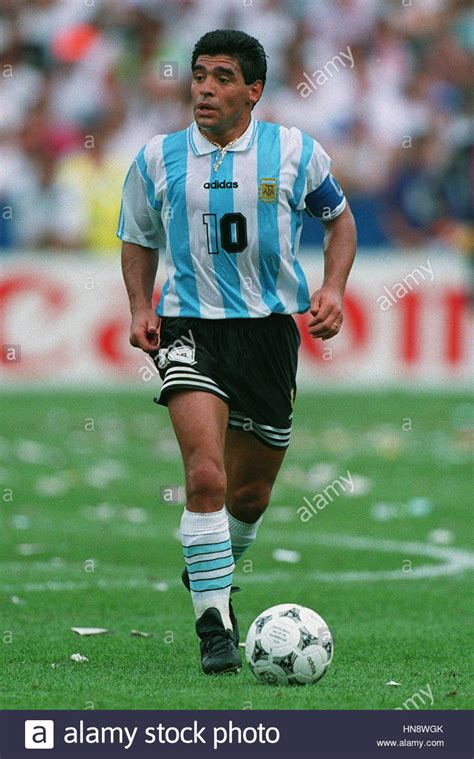 Diego Maradona Stock Photos & Diego Maradona Stock Images ...