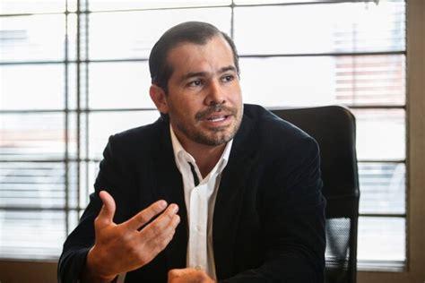 Diez bancos prestaron $50 millones a empresario Juan ...