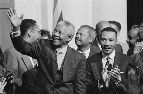 Diez frases para recordar la lucha de Nelson Mandela ...
