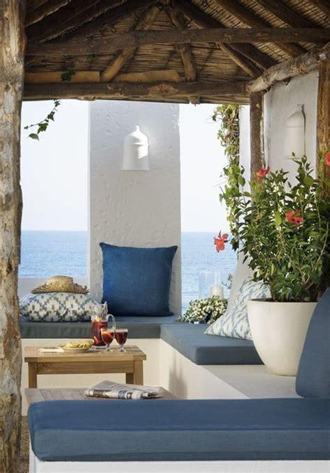 Diferentes materiales para muebles de exterior ...