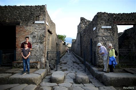 Dig at Italy s Pompeii Volcanic Site Yields 5 Skeletons ...