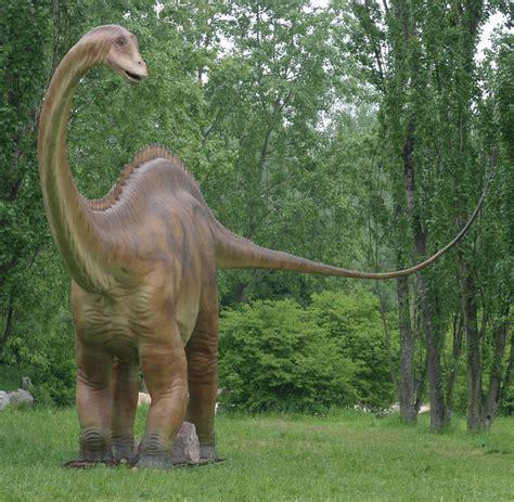 Dinosaur  Animals    Strange Google Earth maps