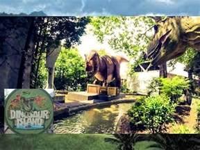 Dinosaur Island Columbus Zoo | 2017   YouTube