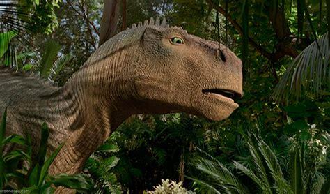 Dinosaurio  2000 , de Eric Leighton y Ralph Zondag / 10 ...
