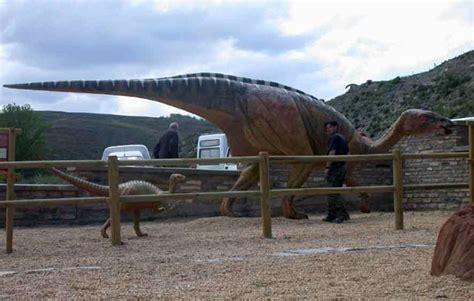 Dinosaurios Tour   SEONegativo.com