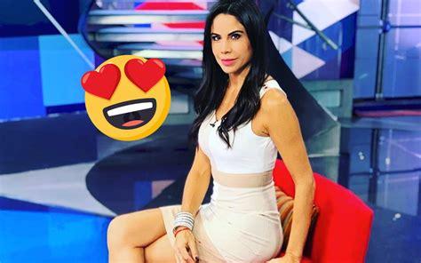 ¡Diosa! Paola Rojas enseña cuerpazo con un sexy vestido ...