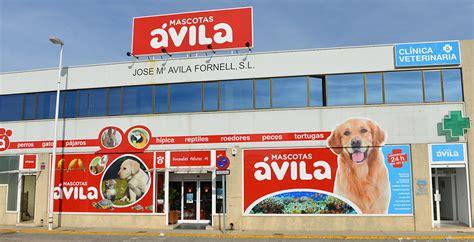 Diseño e impresión en gran formato para tienda de animales