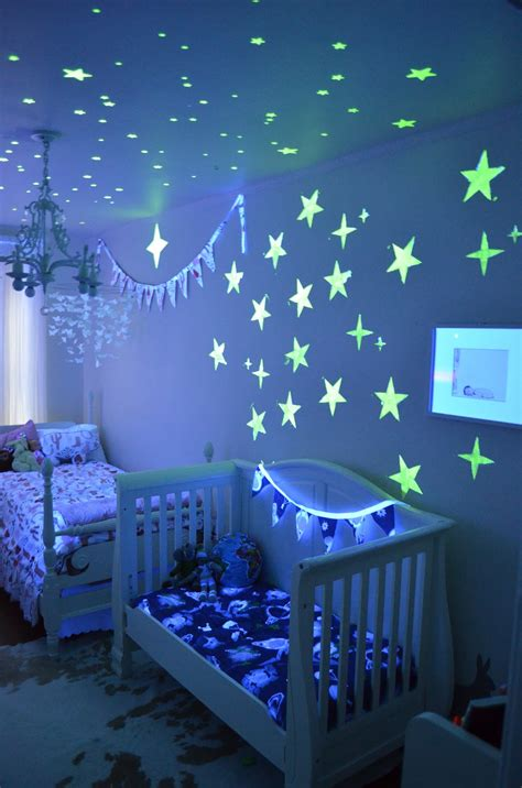 Disney Paint Mom Room Reveal Party {Sponsored ...