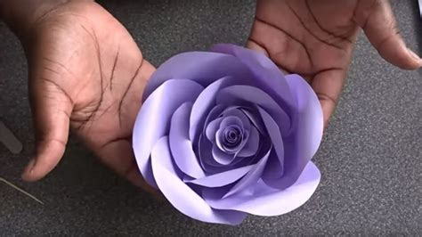 DIY. Cómo Hacer Rosas de Papel   YouTube