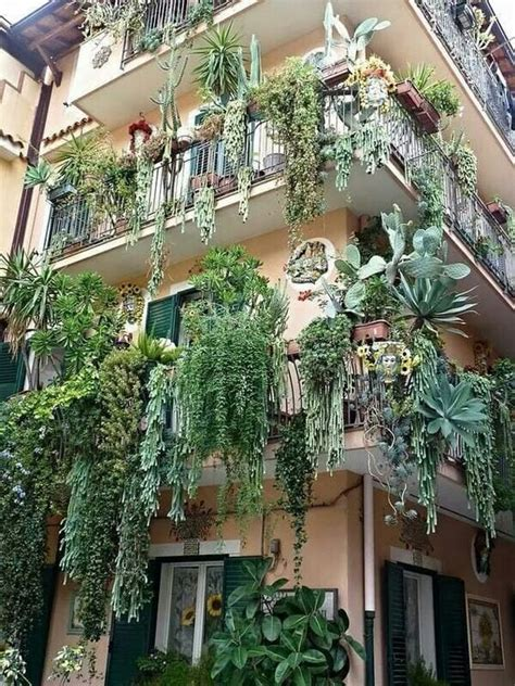 DIY Ideas for Creating a Small Urban Balcony Garden | Arts ...