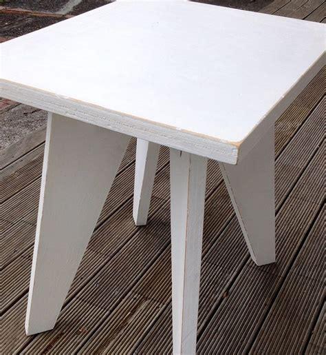 DIY: Renovar una mesa auxiliar con decoupage en madera