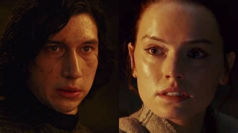Do Rey and Kylo Ren s Identical Lightsaber Moves in THE ...