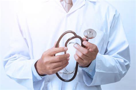 Doctor en blanco | Foto Premium