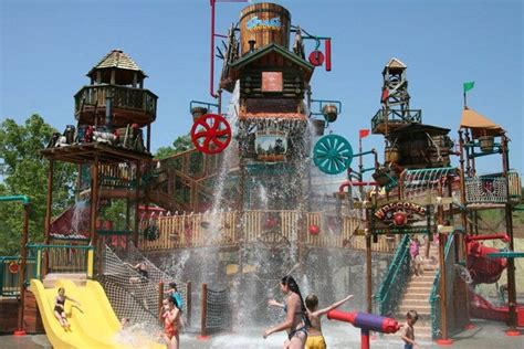 Dollywood: Knoxville Attractions Review   10Best Experts ...