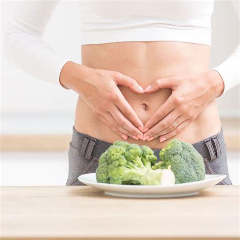 Dolor abdominal o vientre hinchado, dos de los síntomas ...