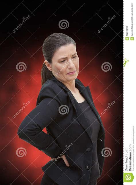 Dolor Agudo Del Lumbago Del Dolor De Espalda De La Mujer ...