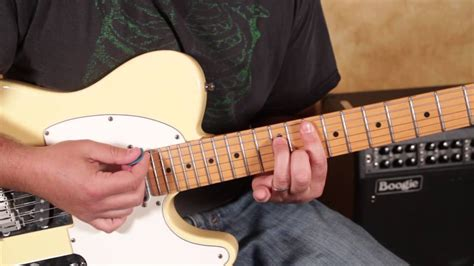 Doobie Brothers   Long Train Runnin   guitar Lesson   How ...