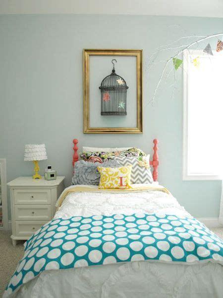 dormitorio con pared verde agua marina   Dormitorios ...