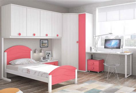 Dormitorio juvenil para niña con colores blanco y coral