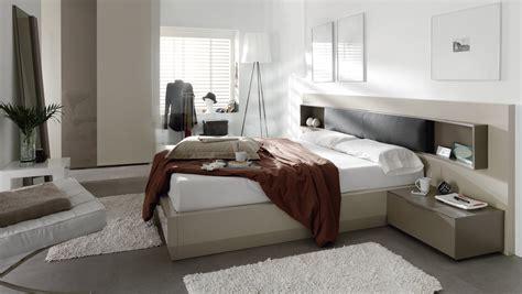 Dormitorios de matrimonio living