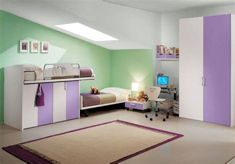 Dormitorios en verde blanco y morado   Ideas para decorar ...