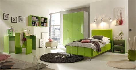 Dormitorios para jóvenes en color verde y gris   Ideas ...