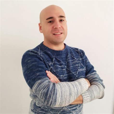Dr. Danilo Moggia opiniones   Psicólogo Barcelona   Doctoralia