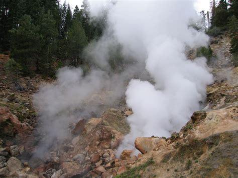 Dramático paisaje del Parque Nacional Volcánico Lassen de ...