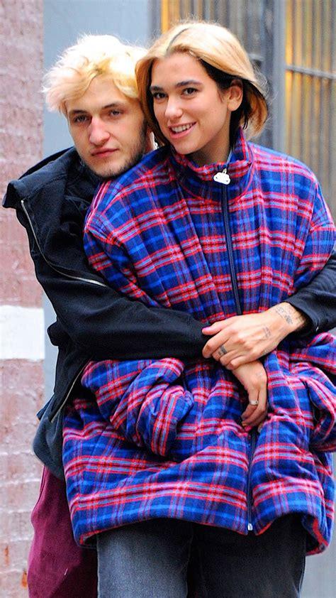 Dua Lipa y su novio, Anwar Hadid, nos dieron el momento ...